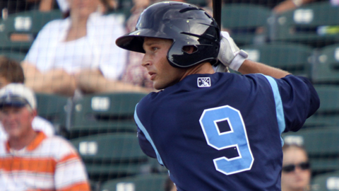 Ben Orloff has hits in six consecutive at-bats between Saturday and Sunday.